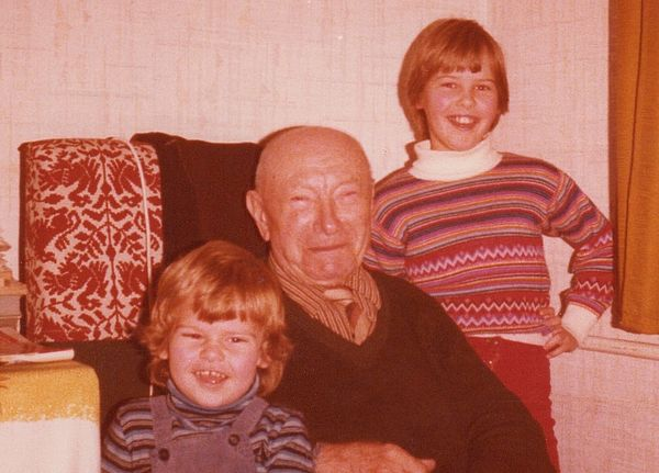 The founder, Vinzenz Filip, with his two great-grandchildren – the two present-day directors, Tatjana and Mirko